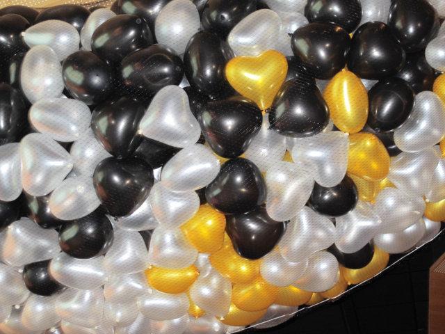 caida de globos corazones de colores Premios, Eventos