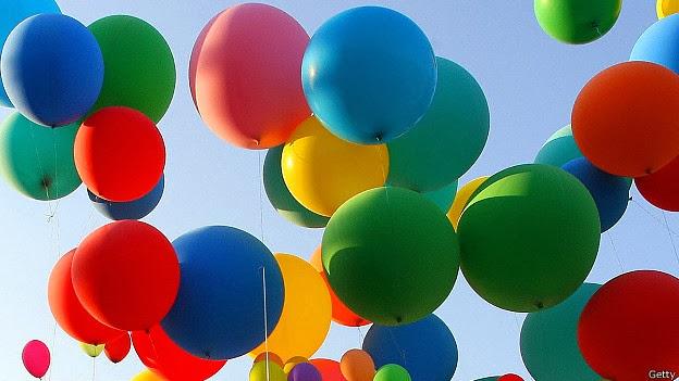suelta de globos gigantes