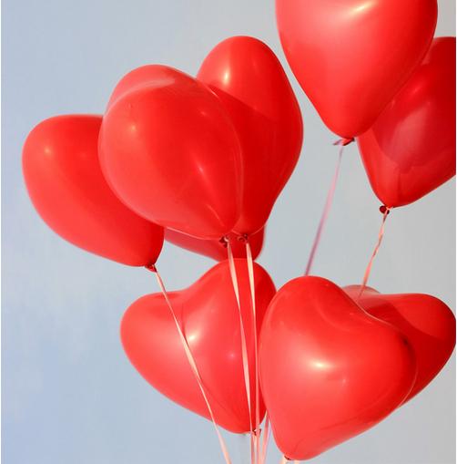 Globos corazon rojos latex inflados con helio