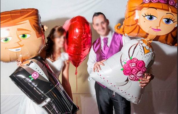 bodas con globos de helio personalizados
